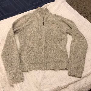 Cute zip up Columbia sweater